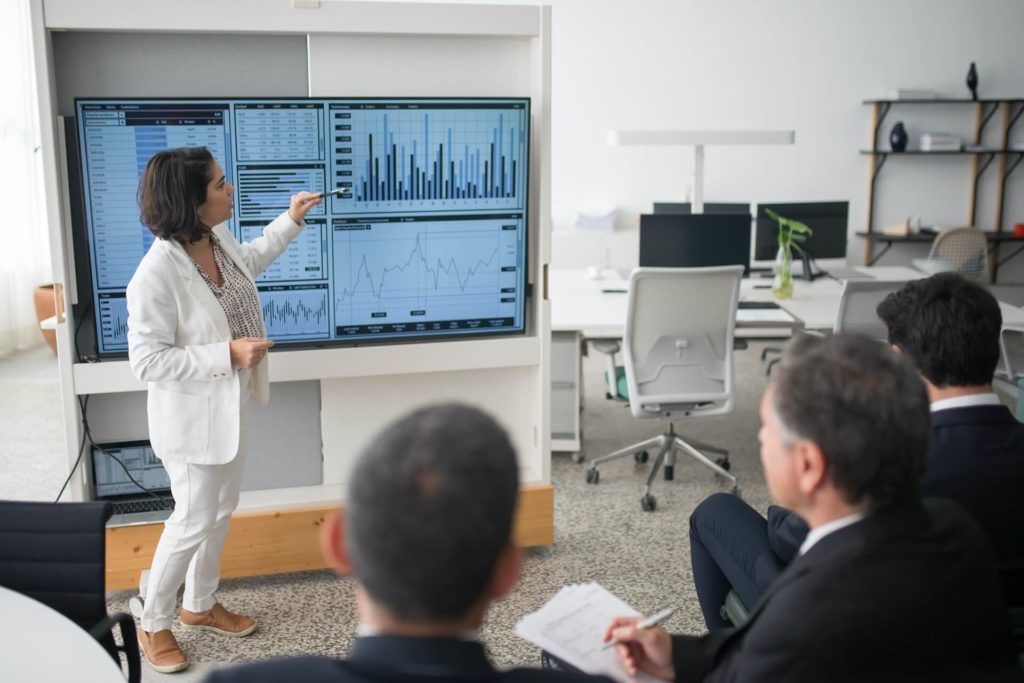 25 Real Estate Presentation Ideas and Tips: How to Make it Work